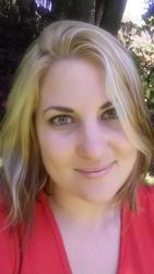 Aninka Oliphant, estate agent