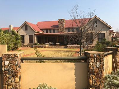 Property For Sale in Southdowns, Centurion